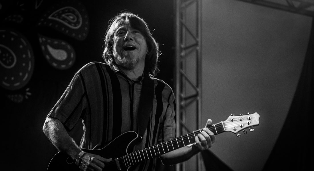 Voz e Violão | Monteiro Lobato SP